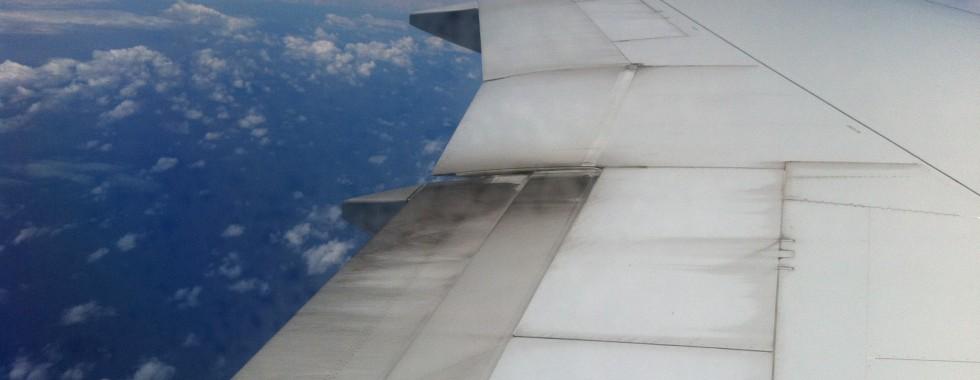 Vol la Réunion - Mayotte (la-Réunion-Roland-Garros - Dzaoudzi-Pamandzi) : au-dessus de Madagascar